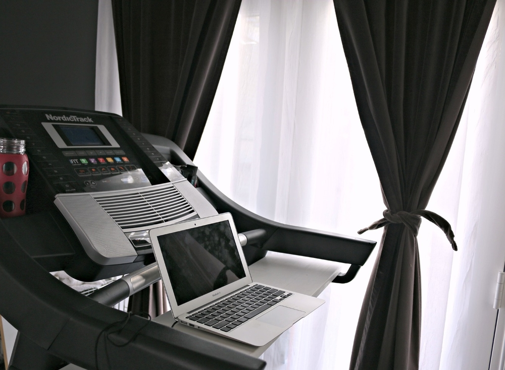 pseudo treadmill desk7.jpg