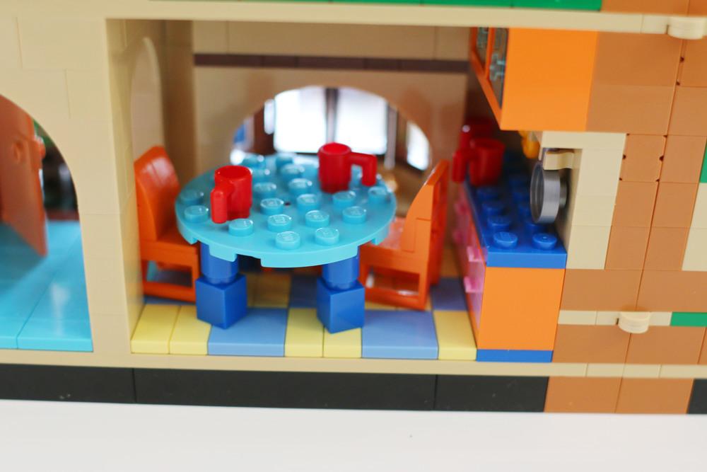 Simpsons House8.jpg