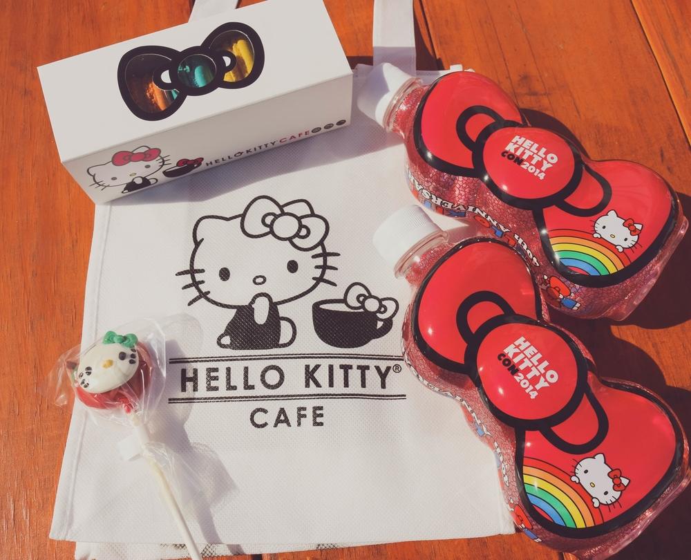 Hello Kitty Con 2014 on ourcitylights-5.jpg