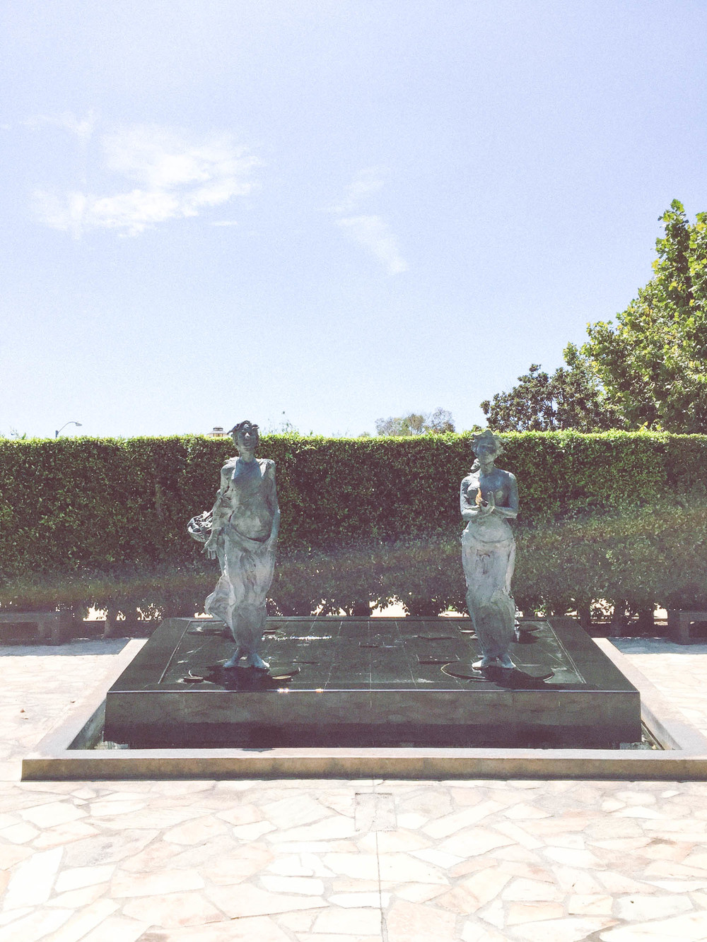 cerritos sculpture garden1.jpg