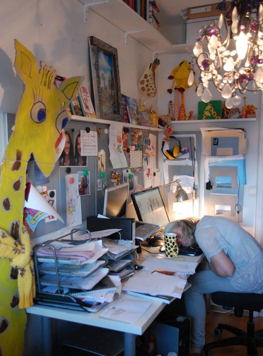 mari som sover på kontoret - DSC_6575.JPG