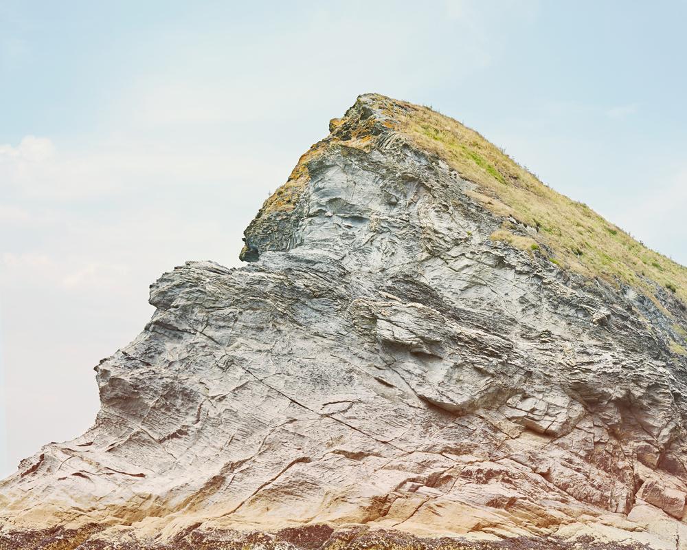 Rock-&-grass.jpg