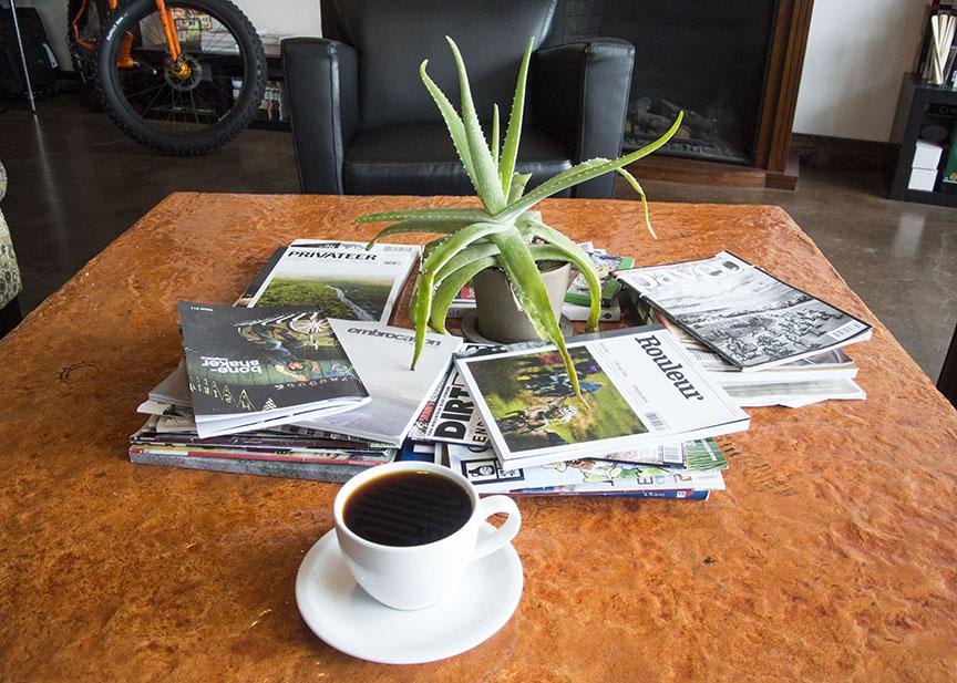 za_magazines2.jpg