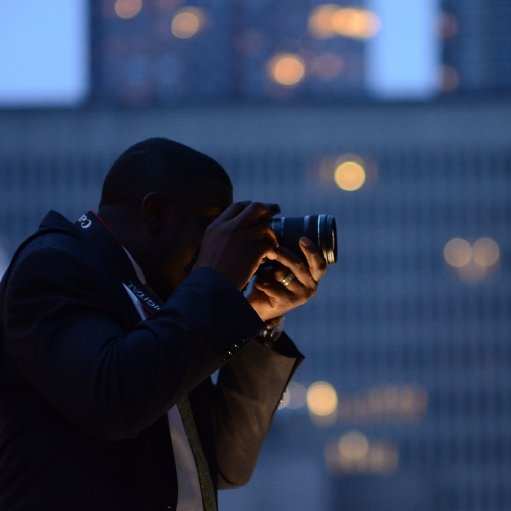 digital photography II: master manual mode at night - this 2 hour class will review the basics of manual mode as well as practicing how to capture NYC at night. no tripods and no flash allowed. understanding of how to photograph in manual mode highly suggested. maximum students: 10. location: Lincoln Center. $100