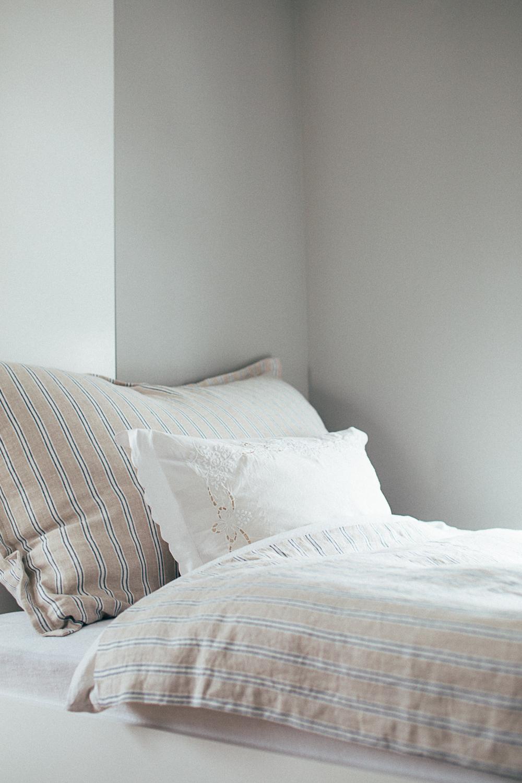 Innebygd seng med skap