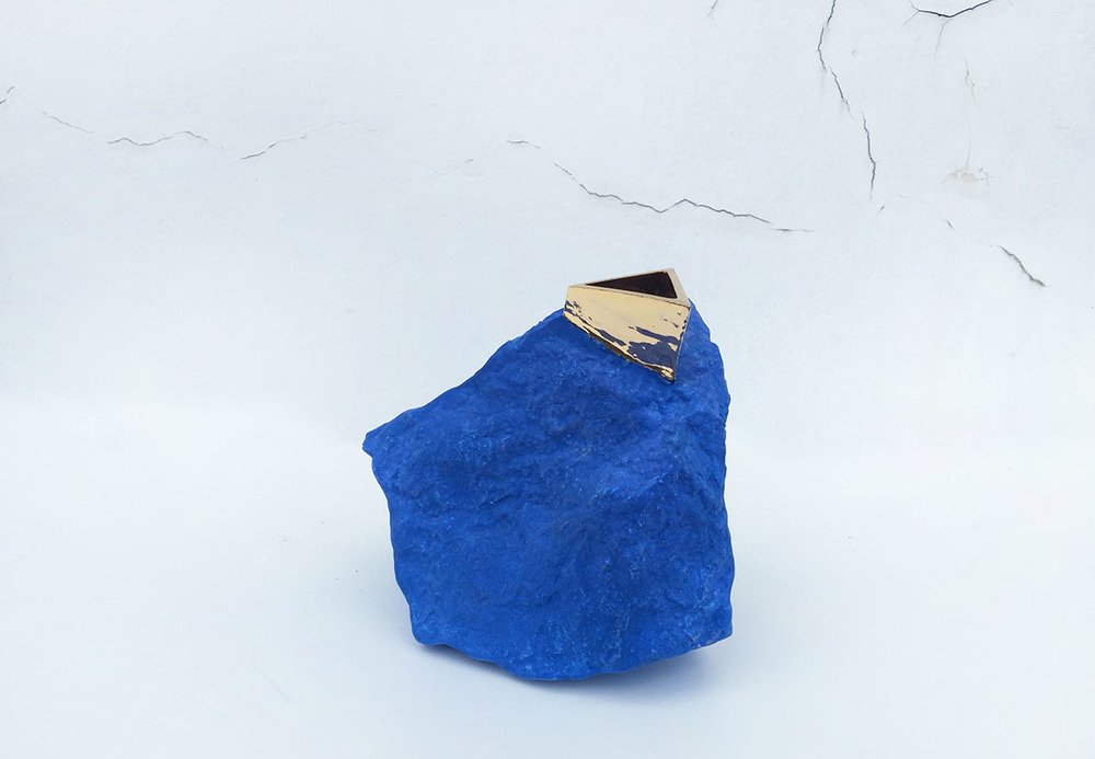 rock Vase blue.jpg