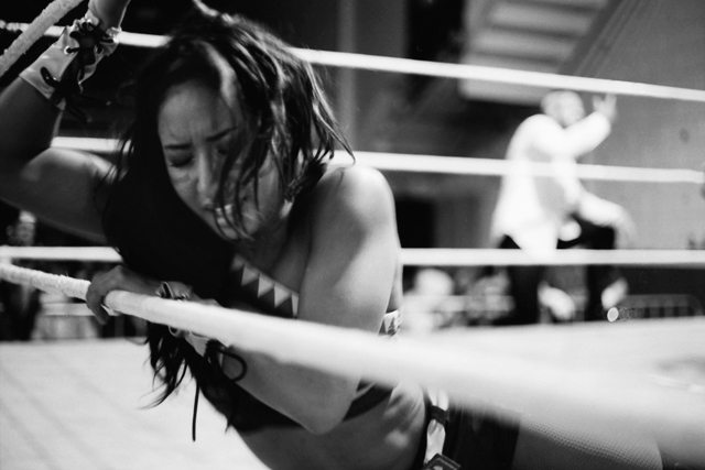 "Hania ""The Howlin' Huntress"" on the ropes"