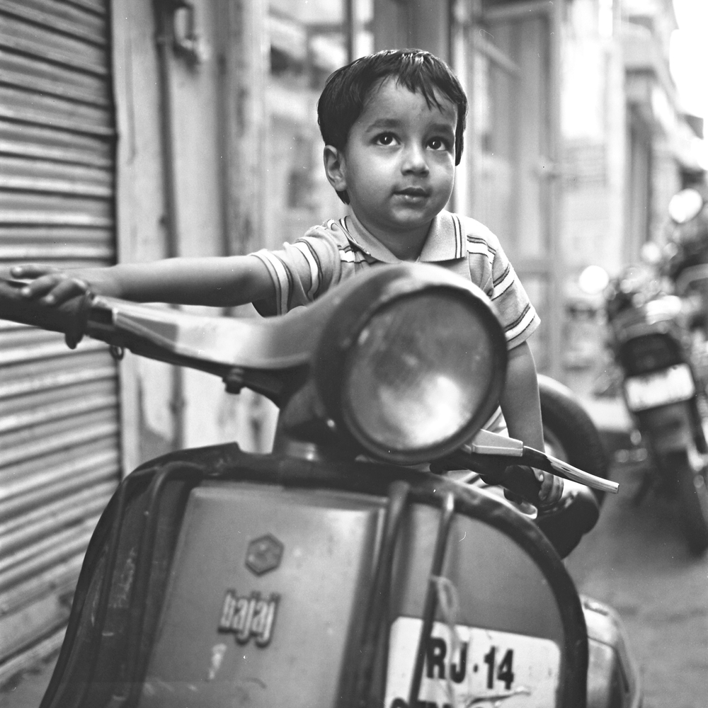 jaipur-boy-scooter.jpg