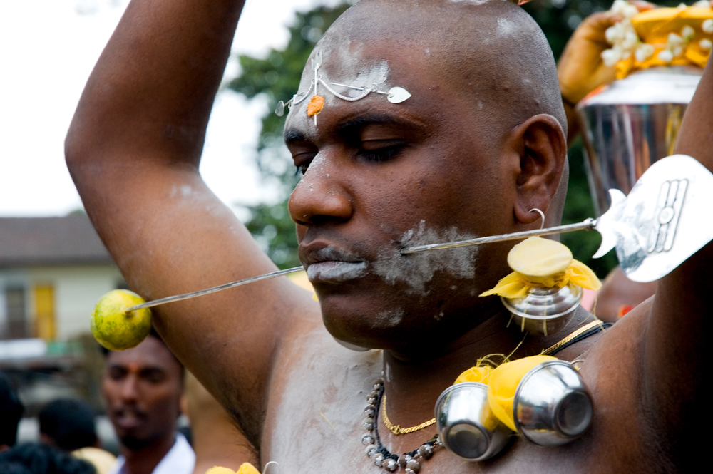 wb_thaipusam_cheek_piercing.jpg