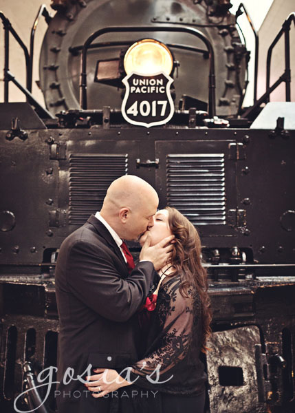 Train-Museum-engagement-Green-Bay-08.jpg