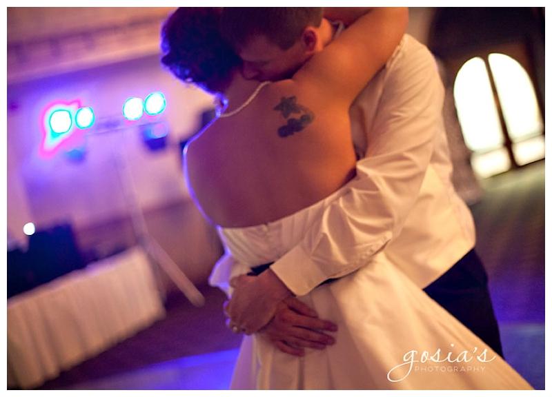 Roma-Lodge_Racine_wedding-19.jpg