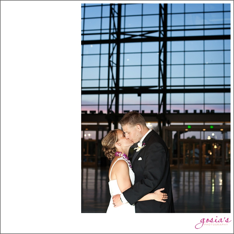 Lambeau-Field-wedding-Green-Bay-Wisconsin-Gosia's-Photography_0039.jpg