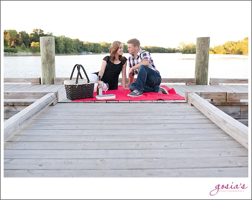 Sunset-park-engagement-session-Kimberly-WI-Gosia's-Photography_0010.jpg