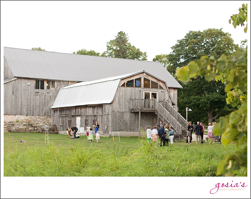 Woodwalk-Gallery-barn-wedding-Door-County-Egg-Harbor-Gosia's-Photography_0033.jpg