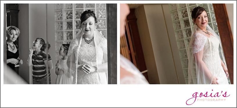 Green-Bay-Lambeau-field-wedding-photographer-Gosias-Photography-couple-Becky-Matt_0004.jpg