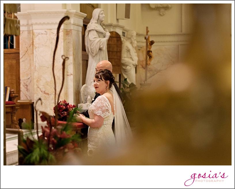 Green-Bay-Lambeau-field-wedding-photographer-Gosias-Photography-couple-Becky-Matt_0016.jpg