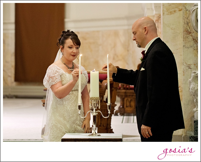 Green-Bay-Lambeau-field-wedding-photographer-Gosias-Photography-couple-Becky-Matt_0018.jpg
