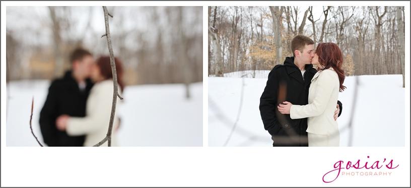 Appleton-winter-engagement-session-photographer-Gosias-Photography_0007.jpg