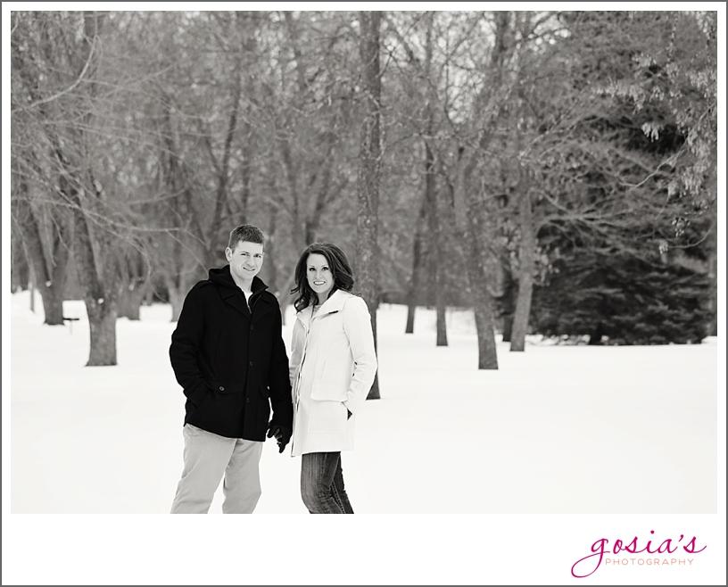 Appleton-winter-engagement-session-photographer-Gosias-Photography_0013.jpg