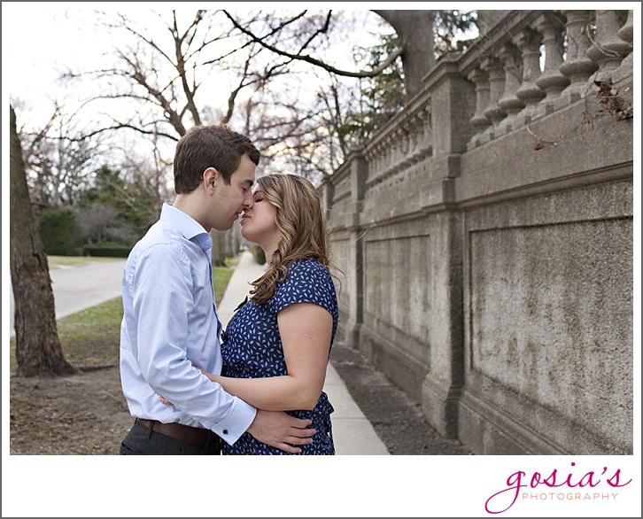 Chicago-engagement-session-photographer-01.jpg