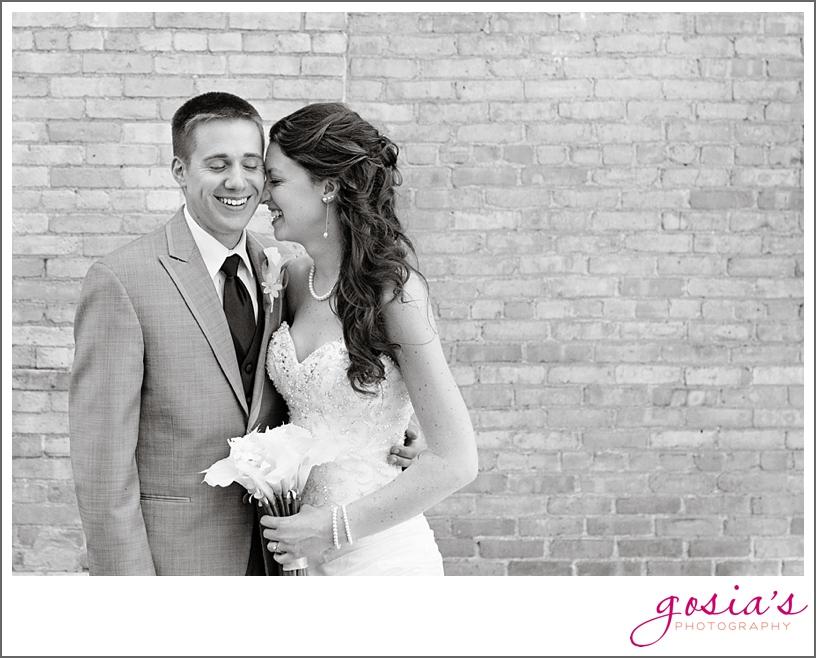 Waterfront-Hotel-Oshkosh-wedding-photographer-Gosias-Photography-_0001.jpg