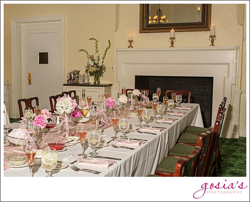 Saint-Joseph-wedding-ceremony-North-Shore-Golf-Club-reception-Menasha-wedding-photographer-Gosias-Photography-Krystle-Ryan-_0040.jpg