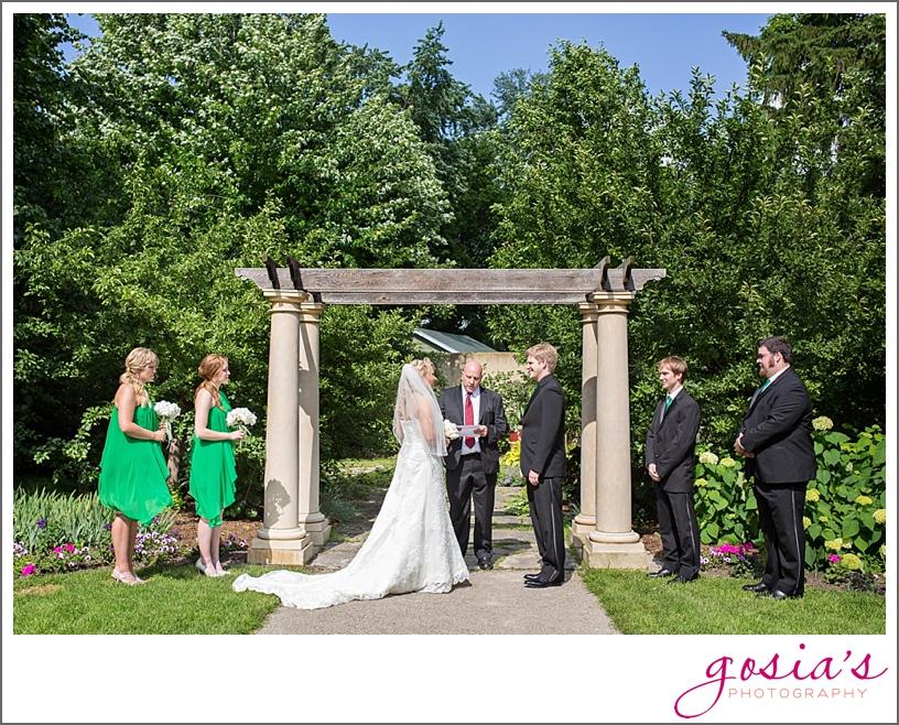 the-paine-art-center-and-gardens-oshkosh-wedding-photographer-gosias-photography-_0024.jpg