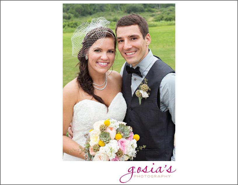 barn-wedding-outdoors-Hilbert-photographer-gosias-photography-_0049.jpg