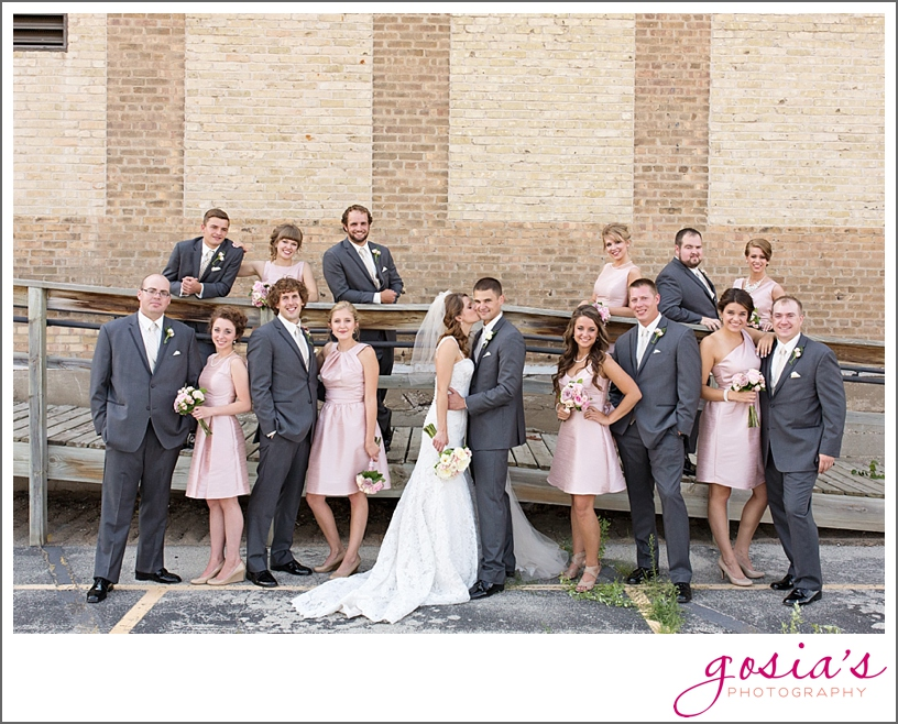 St-Francis-Xavier-catholic-church-The-Marq-Green-Bay-wedding-photographer-gosias-photography-Lauren-and-Dustin-_0027.jpg