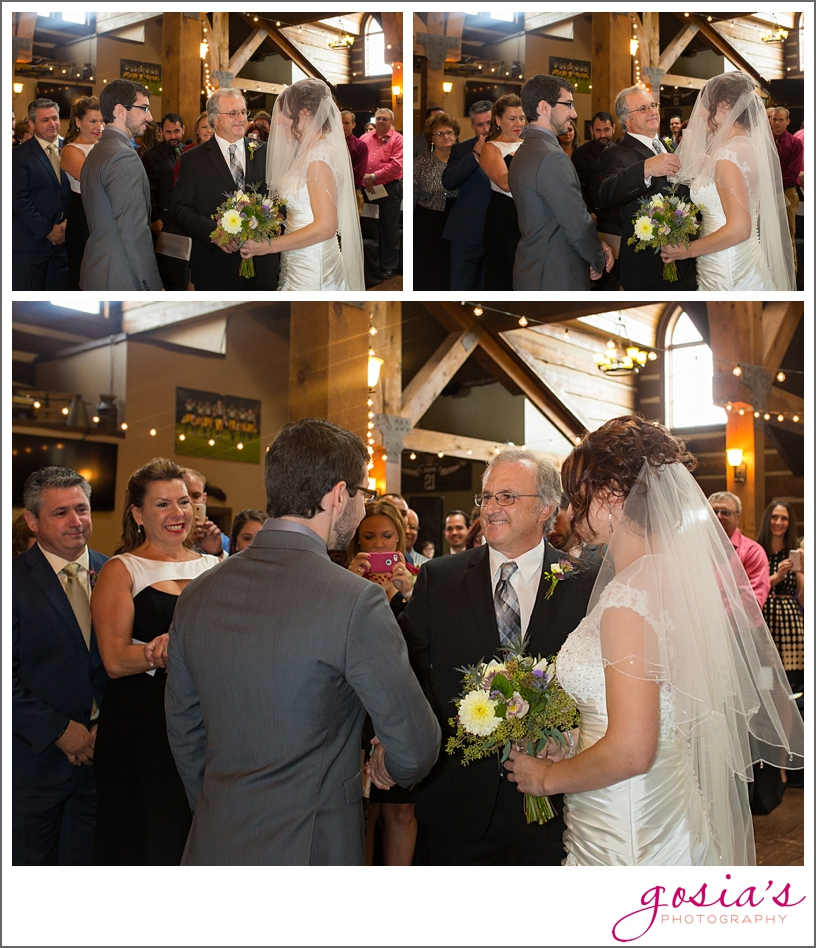 Olde-41-Green-Bay-wedding-ceremony-reception-photographer-Gosias-Photography-Michelle-and-Jimmy-_0014.jpg