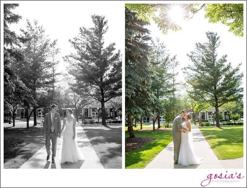 Saint-Norbert-Lambeau-Field-reception-wedding-photographer-Gosias-Photography-Lisa-Eric-_0019.jpg