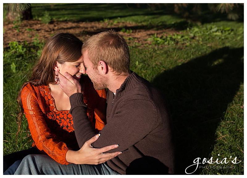 Menomonie-Park-Oshkosh-engagement-session-wedding-photographer-Gosias-Photographer-Brittany-and-Erik-_0005.jpg