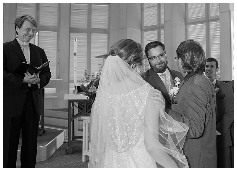 Appleton-wedding-Green-Bay-photographer-favorite-moments-best-of-2015-Gosias-Photography-ceremony-009.jpg