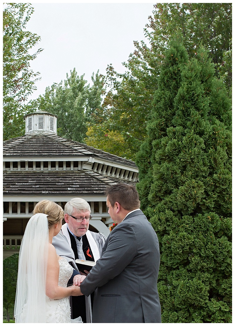 Appleton-wedding-Green-Bay-photographer-favorite-moments-best-of-2015-Gosias-Photography-ceremony-023.jpg