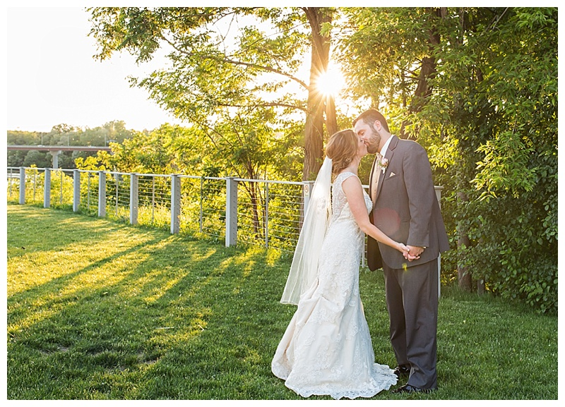 Appleton-wedding-Green-Bay-photographer-favorite-moments-best-of-2015-Gosias-Photography-couple-018.jpg