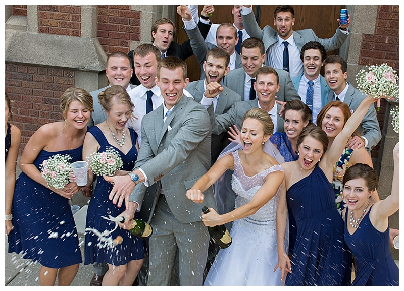 Appleton-wedding-Green-Bay-photographer-favorite-moments-best-of-2015-Gosias-Photography-group-bridal-party-010.jpg