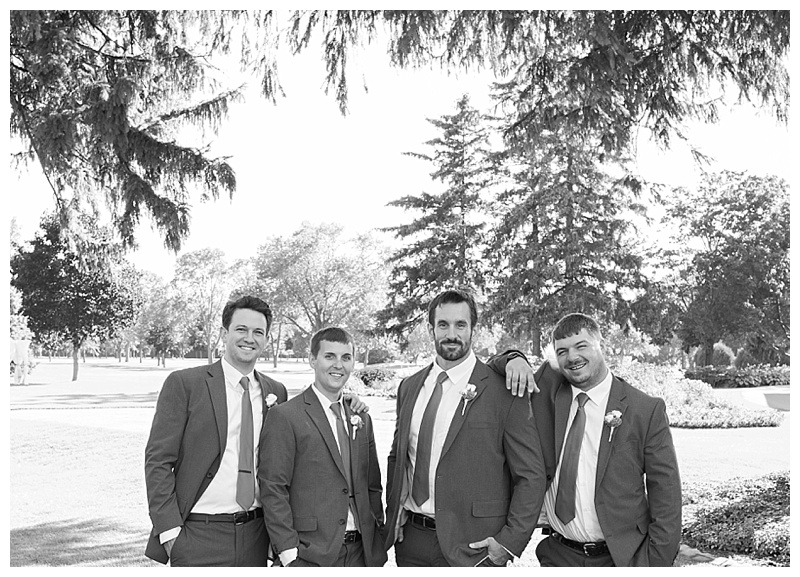 Appleton-wedding-Green-Bay-photographer-favorite-moments-best-of-2015-Gosias-Photography-group-bridal-party-021.jpg
