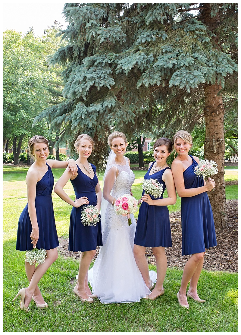 Appleton-wedding-Green-Bay-photographer-favorite-moments-best-of-2015-Gosias-Photography-group-bridal-party-024.jpg