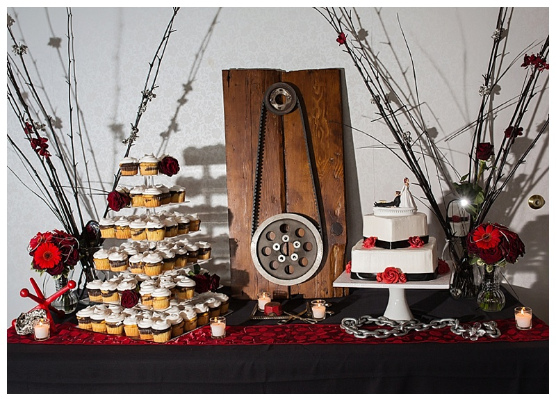 Appleton-wedding-Green-Bay-photographer-favorite-moments-best-of-2015-Gosias-Photography-rings-cake-002.jpg