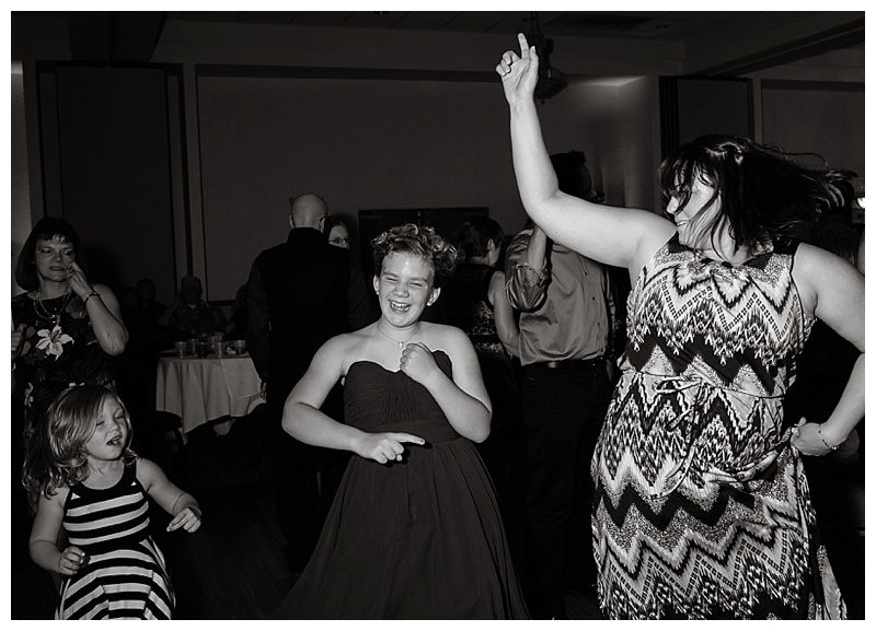 Appleton-wedding-Green-Bay-photographer-favorite-moments-best-of-2015-Gosias-Photography-dance-015.jpg
