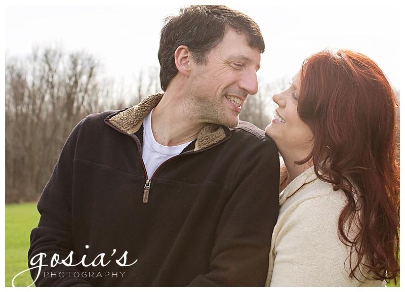 Katie-Steven-barn-horses-engagement-photography-Appleton-photographer-Gosias-Photography-_0001.jpg