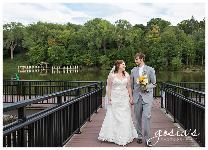 Holiday-Inn-Appleton-wedding-photographer-Gosias-Photography-Lutz-Park-photos-_0012.jpg