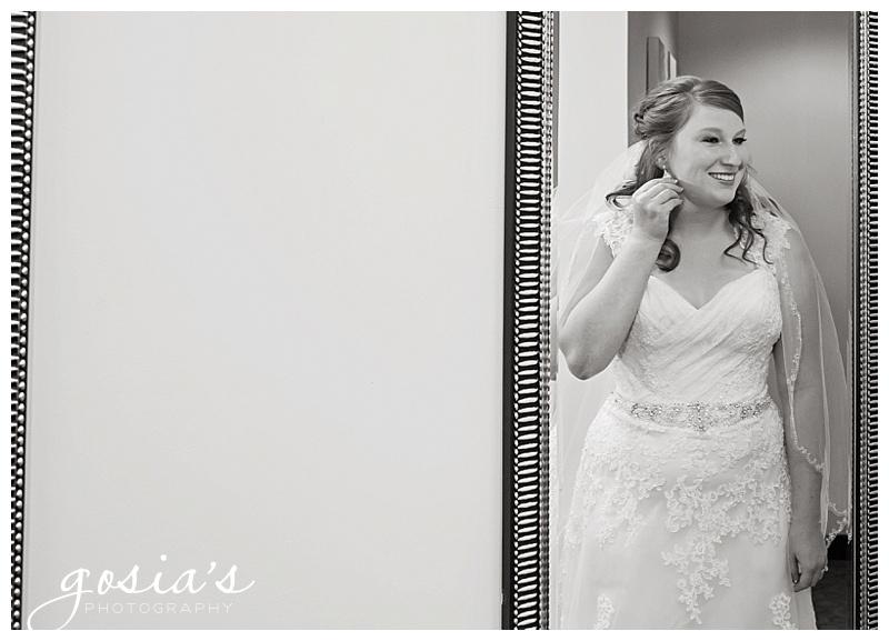 Holiday-Inn-Appleton-wedding-photographer-Gosias-Photography-Lutz-Park-photos-_0005.jpg
