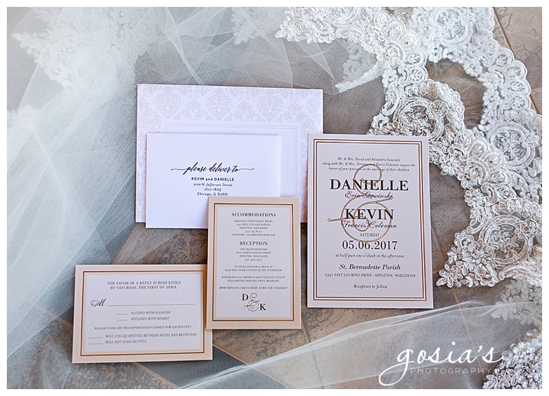 Gosias-Photography-St-Bernadette-ceremony-photographer-Grand-Meridian-reception-photos-Danielle-Kevin-Chicago-wedding_0008.jpg