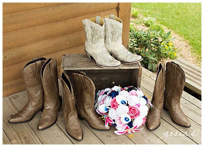 Lisa&Nick-Appleton-wedding-photographer-Gosias-Photography-trybas-simply-country-barn-_0002.jpg