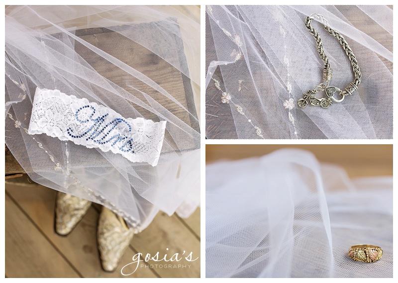 Lisa&Nick-Appleton-wedding-photographer-Gosias-Photography-trybas-simply-country-barn-_0003.jpg