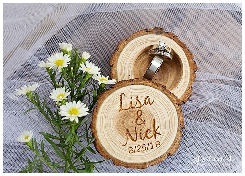 Lisa&Nick-Appleton-wedding-photographer-Gosias-Photography-trybas-simply-country-barn-_0005.jpg