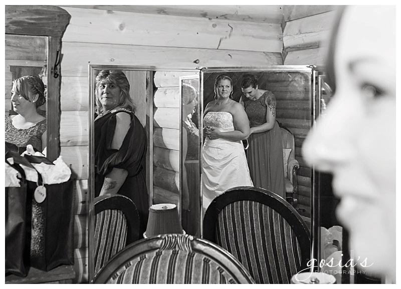 Lisa&Nick-Appleton-wedding-photographer-Gosias-Photography-trybas-simply-country-barn-_0008.jpg