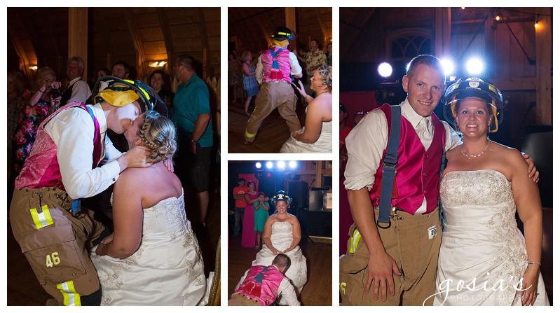 Lisa&Nick-Appleton-wedding-photographer-Gosias-Photography-trybas-simply-country-barn-_0031.jpg