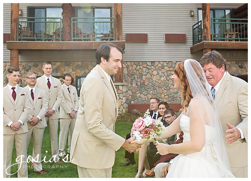Laura&Nate-Appleton-wedding-photographer-Gosias-Photography-the-waters-of-minocqua-ceremony-reception-_0019.jpg
